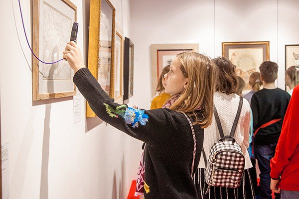 British International School students visited Contemporary Museum of Calligraphy