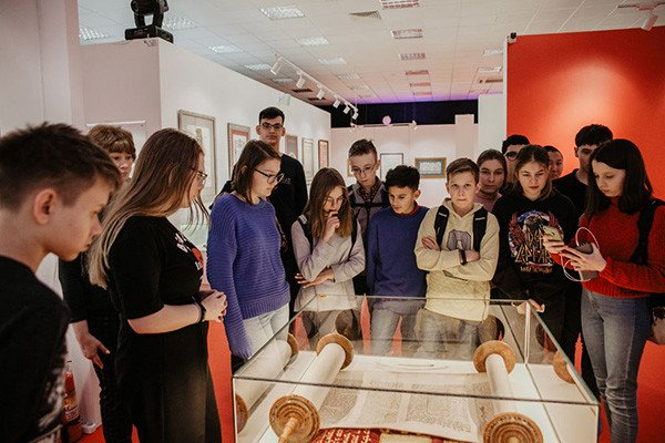 World Calligraphy Museum hosts tours for children