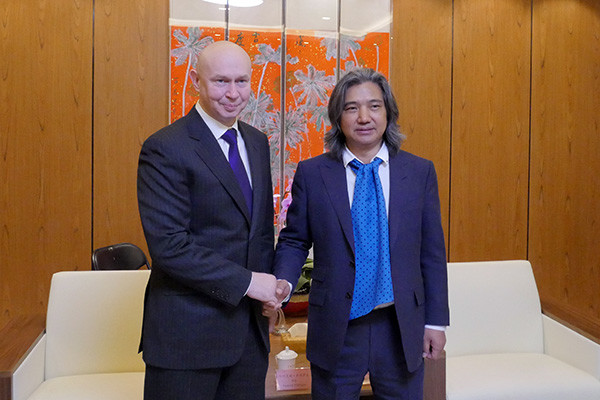 Director of Contemporary Museum of Calligraphy Alexey Shaburov met with Director of National Art Museum of China Wu Weishan