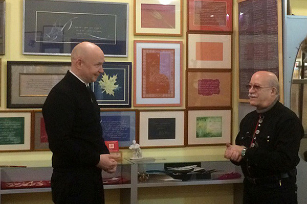 Alexey Shaburov visited the Museum of the Russian national writing  opened in the author's school of Y. I. Arutsev «The Russian calligraphy and Vyaz»