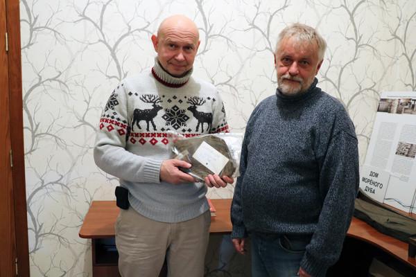 Рождественский сочельник команда Современного музея каллиграфии встретила в Доме мореного дуба