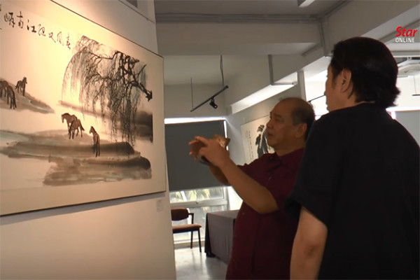 Malaysian and Chinese calligraphers hold joint exhibition