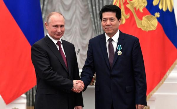 中国驻俄罗斯大使李辉先生将在索科利尼基公园种下一棵中俄友谊之树