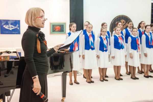 Выставка каллиграфии, посвященная Дню Победы, открыта