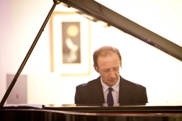 Музыка Шопена и Рахманинова в Современном музее каллиграфии