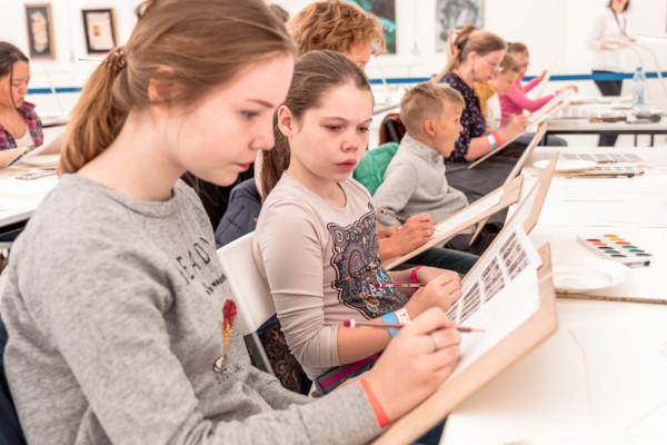 Субботняя программа на Международной выставке каллиграфии