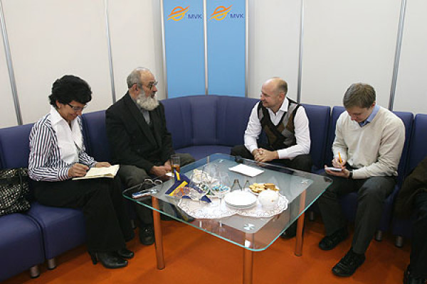 Встреча А. Шабурова с белорусским каллиграфом