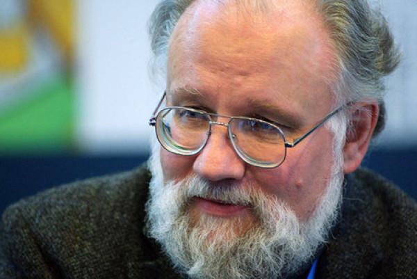 Председатель ЦИК РФ Владимир Чуров прокомментировал экспозицию Международной выставки каллиграфии