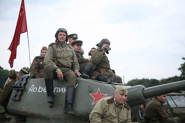 """莫斯科军事爱国俱乐部""""大队""""将在奥列霍沃村参加纪念碑揭幕式"""