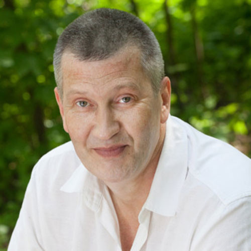 Vitaly  Shapovalov
