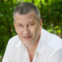 ШАПОВАЛОВ  Виталий Викторович