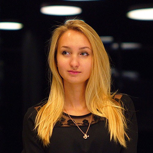 ИВАНОВА Юлия Владимировна