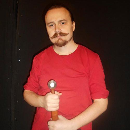 基里尔•塔尔哈诺夫