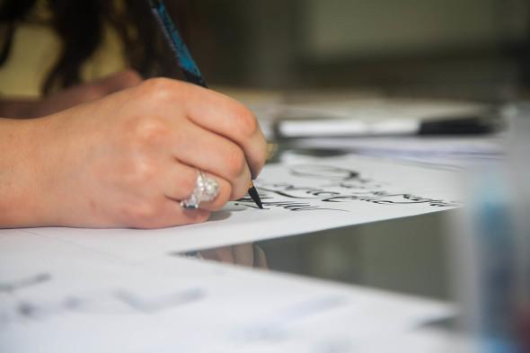 Мастер-класс «Каллиграфия кистями и брашпеном»