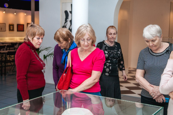 Charity tours in the Contemporary Museum of Calligraphy