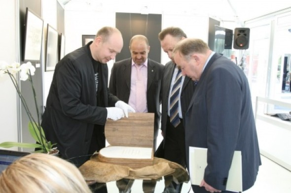 Presentation of the International Exhibition of Calligraphy during EliteLife'2008