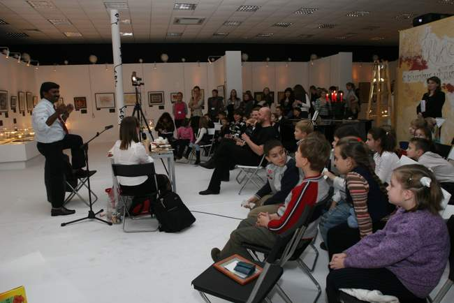 10, 11, 14 декабря 2008 г. «Самовыражение в буквах». Мастер-классы индийского каллиграфа Манохара Десаи