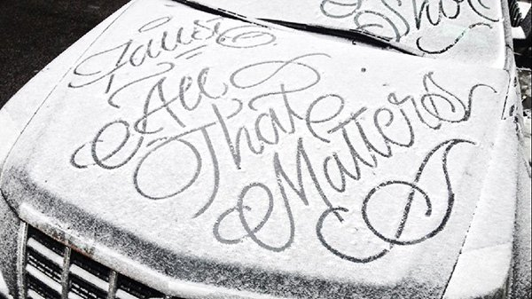 Graffiti Artist Graces Snow Covered Cars With Beautiful