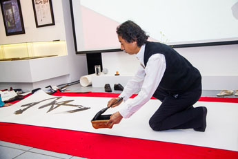 Renowned Japanese calligraphers in Moscow