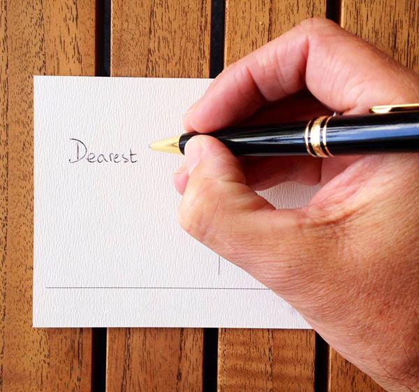 еще ручка не пишет на открытке крыжовникового пилильщика