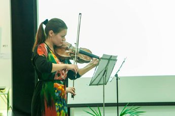 Contemporary Museum of Calligraphy gave classical music concert
