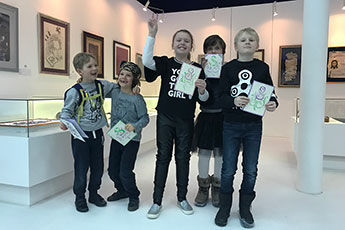 Young calligraphers express their Holiday's greetings