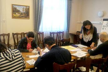 Приход весны в Центре патологии речи ознаменовался уроком каллиграфии