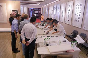 Команда музея посетила художественную галерею и арт-аукцион в столице Китая