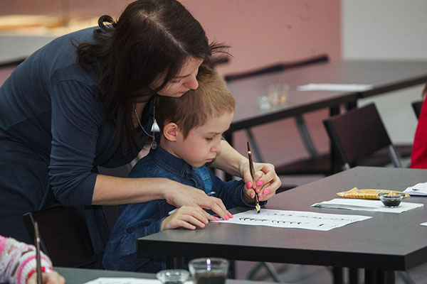 What Are the Benefits of Penmanship, and Why Should It Be Taught in Schools?