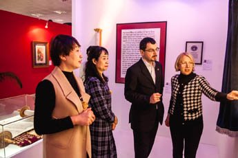 Guests from China visited Contemporary Museum of Calligraphy