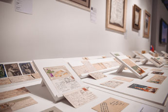 Calligraphy Museum's exhibition of New Year cards extended!