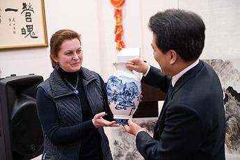 Сотрудники музея посетили Вечер Ци Байши в КИЦ Общества российско-китайской дружбы