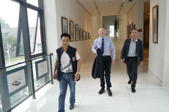 Директор Современного музея каллиграфии посетил китайский музей «Восток»