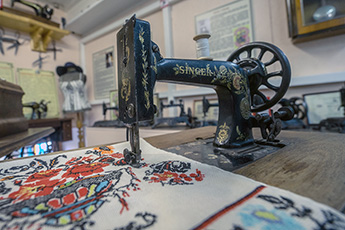 Museum of old sewing machines in Pereslavl-Zalessky is next destination for private museums expedition
