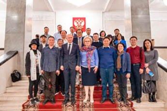 """""""伟大的中国书法与国画""""展览在索科利尼基开幕"""