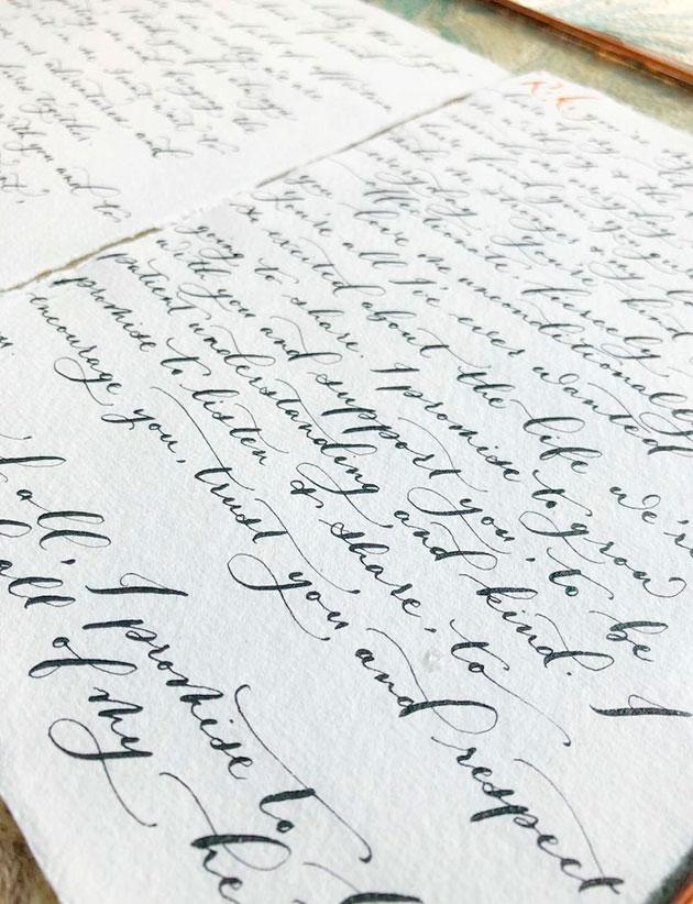 Как каллиграфия и творчество стали эффективным способом преодоления реальных обстоятельств, в котором нуждался работник «на передовой» борьбы с COVID-19
